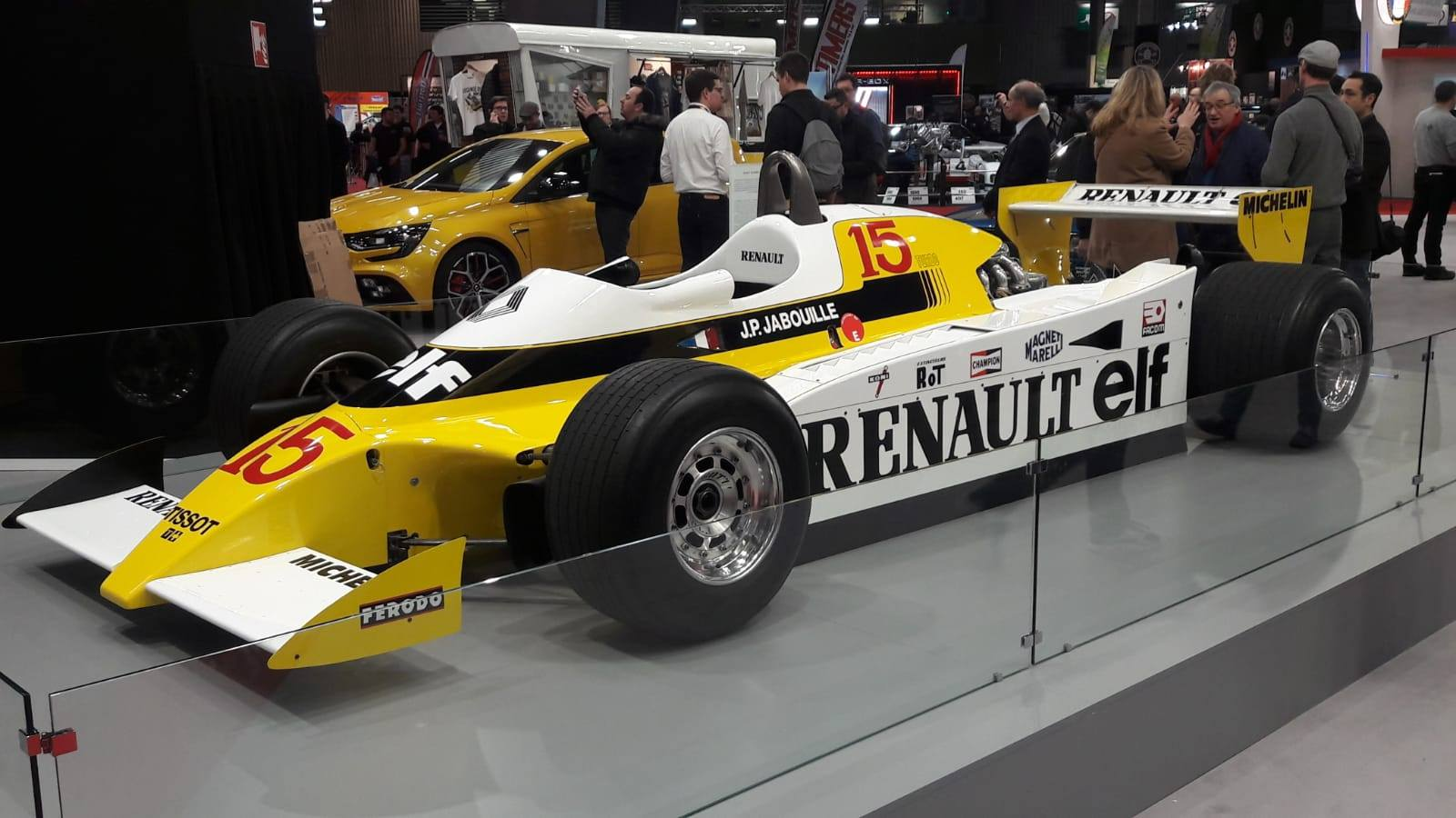 08_F1Renault